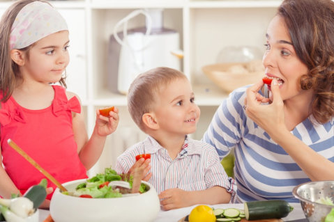 Easy Spring Snacks You Can Do with Your Child
